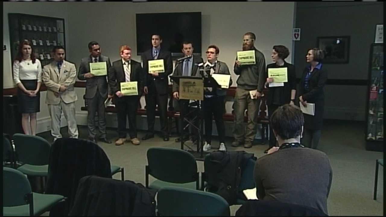 Students propose job-saving USM bill