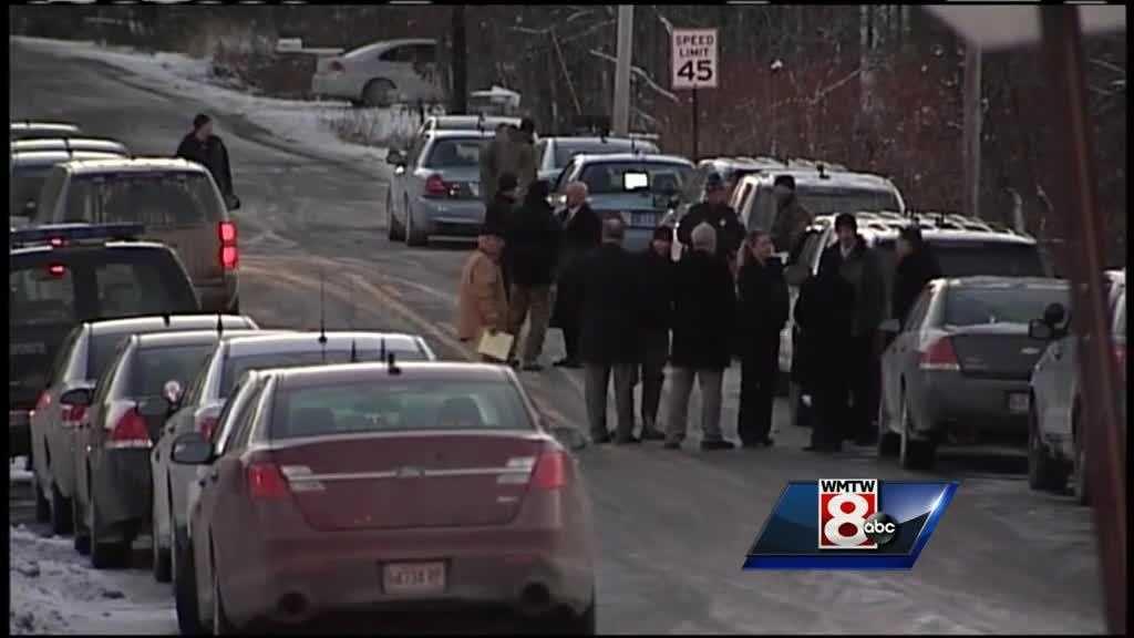 (img1)PORT Hollis man dead after police standoff