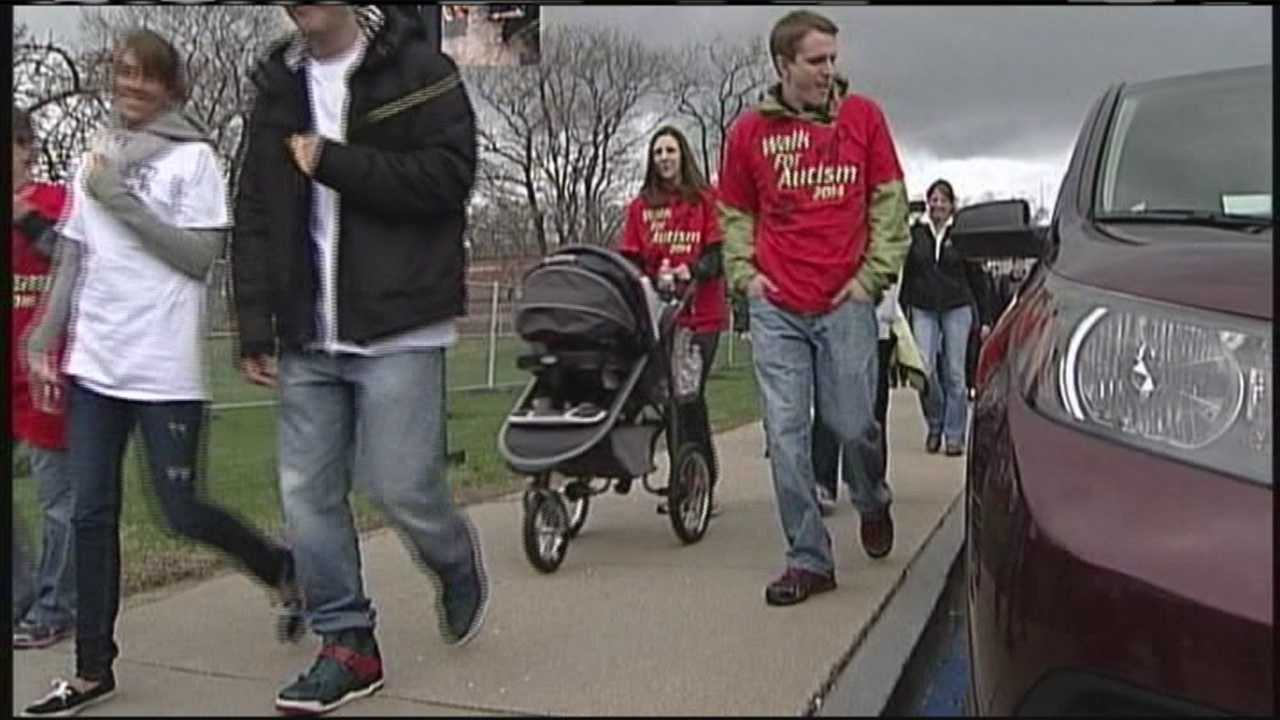 img-Thousands walk to support autism awareness