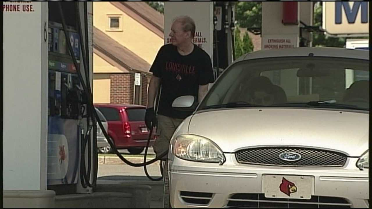 img-High gas prices to hit holiday travelers hard