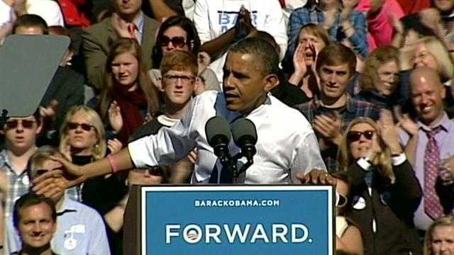 Obama rallies supporters in Manchester
