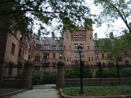 7) Yale University (21)