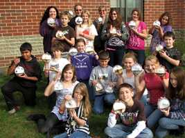 Students from a school in Canaan have collaborated to create New Hampshire's official ornaments on the 2012 National Christmas Tree in Washington, D.C.