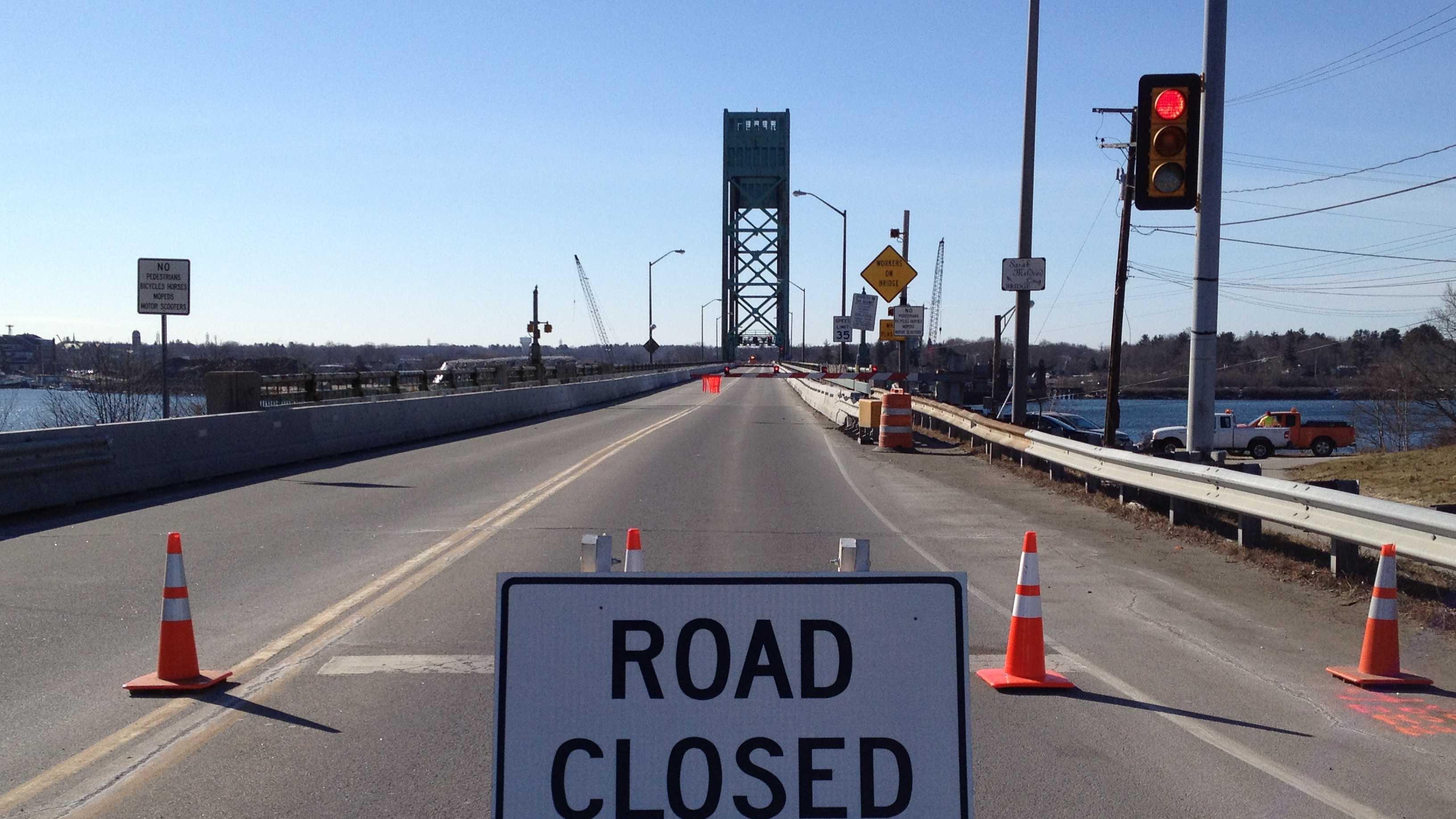 Sarah Long Bridge closed