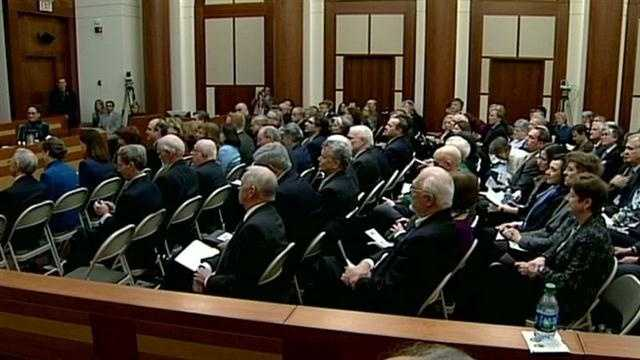 Crowd remembers Sen. Rudman