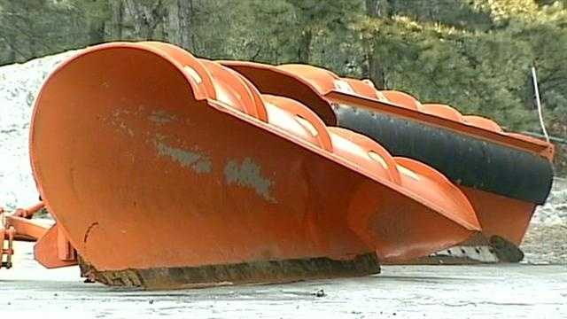 Plows ready as nor'easter nears