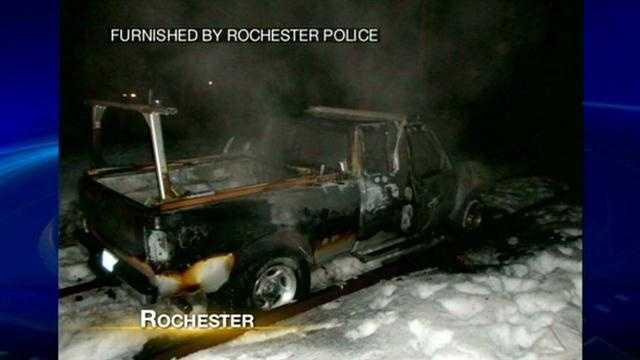 rochester-car-burned-311.jpg