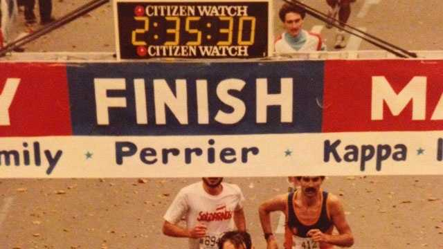 Jim Bassett running a marathon 1981.