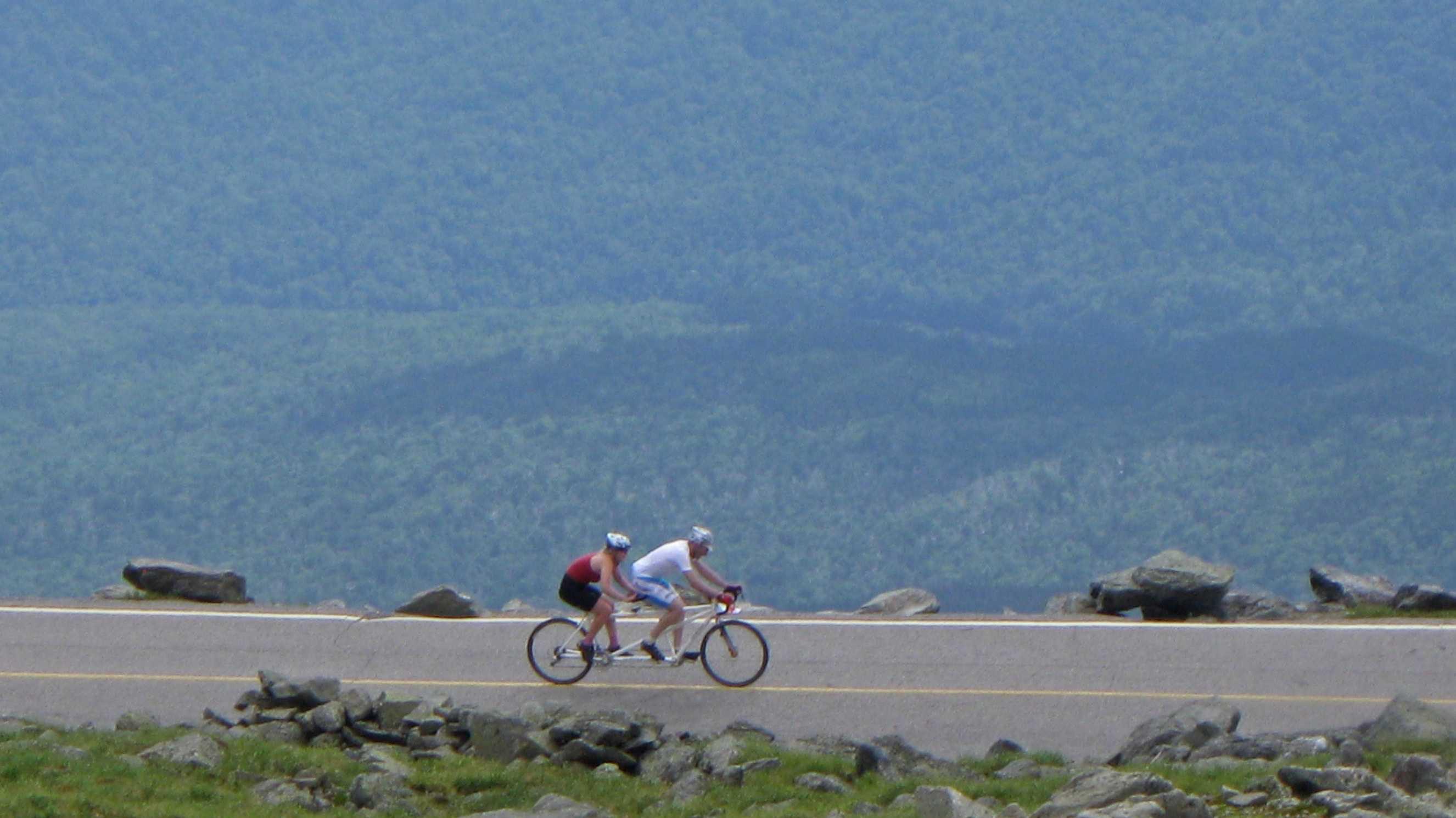 group-bike-riding-529.jpg