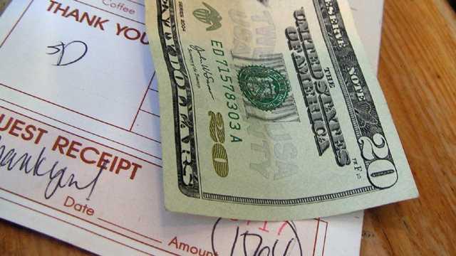 Restaurant bill, tip