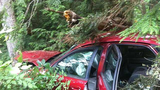 Rochester man, 1-year-old hurt in Maine crash