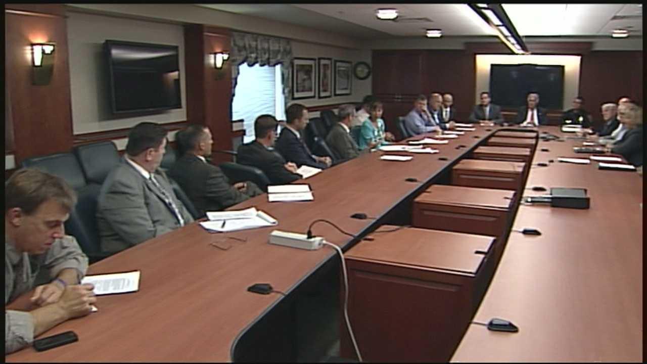 Officials debate mental health system problems