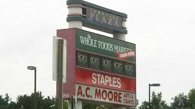 Whole-Foods-sign.jpg