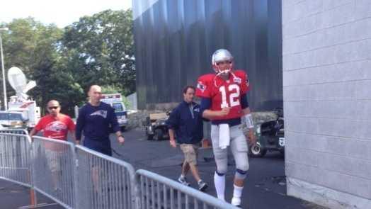Tom Brady 081413 fan photo.jpg