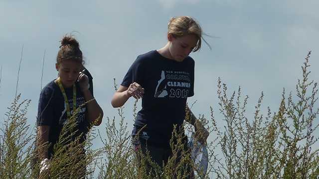 Girl Scouts pick up trash along Rye Beach