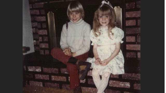 Kurt Cobain with sister