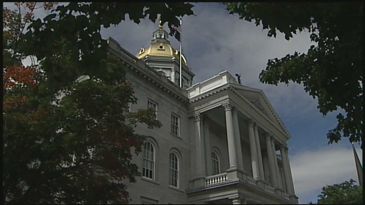 State workers complain of missing paychecks, wrong deductions