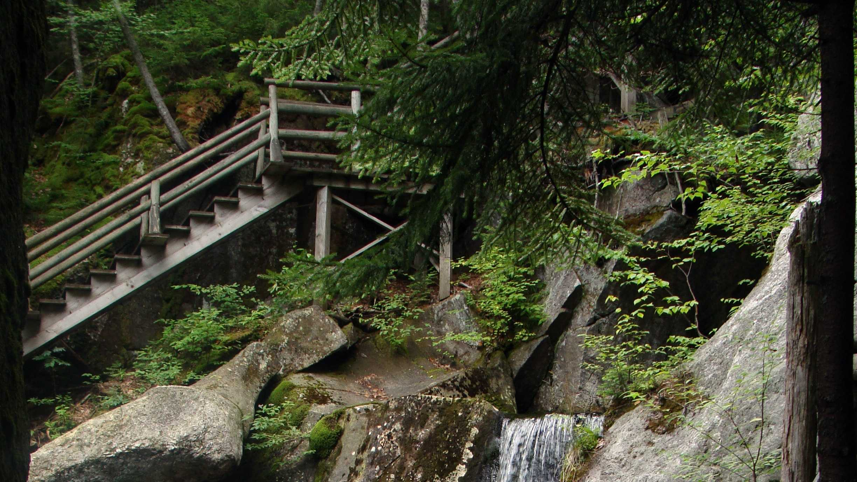 02 lost river.jpg