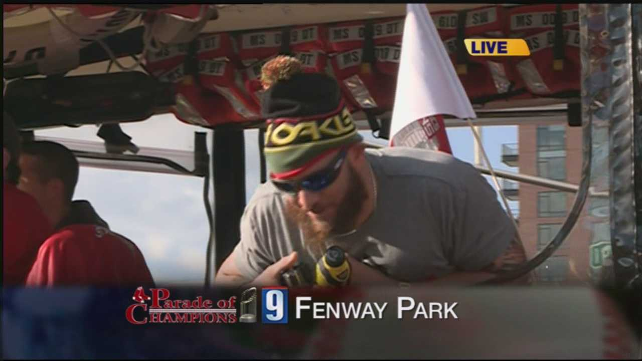 Jonny Gomes speaks to News 9 during rolling rally