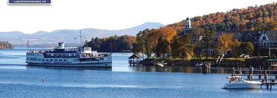 Tie-5) Mount Washington Cruise on Lake Winnipesaukee.
