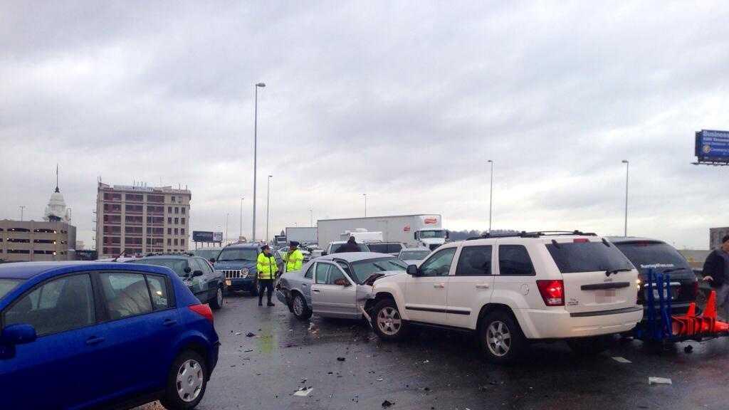 Icy Road Crashes 120113 02.jpg