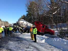 A propane truck went off Interstate 293, causing crews to shut down the highway for several hours. Some residents were also evacuated as a precaution.Read more: http://www.wmur.com/page/search/htv-man/news/nh-news/propane-truck-overturns-on-i293-traffic-slows/-/9857858/23542410/-/ffmg5l/-/index.html