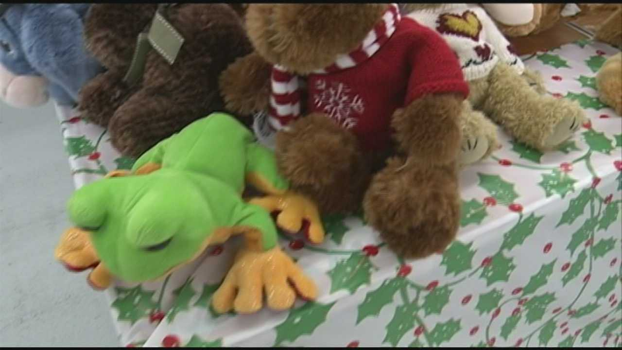 Manchester Salvation Army gives toys to 1,200 families
