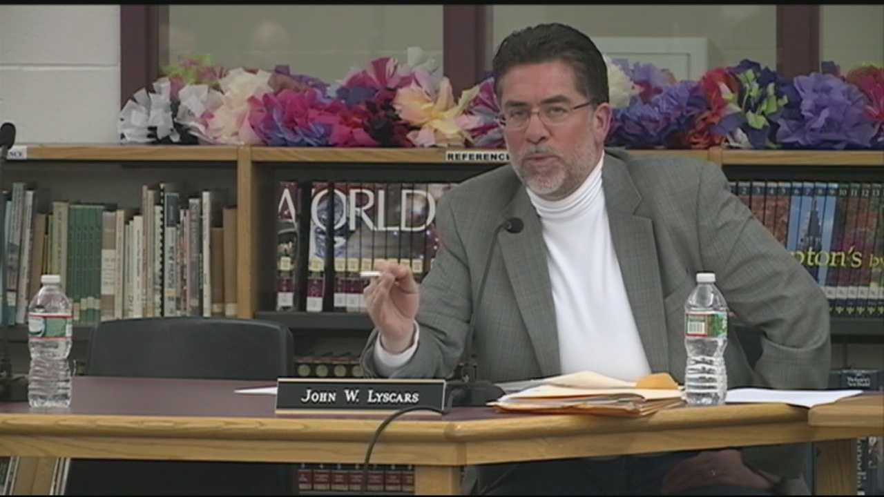 Hooksett School Board censure