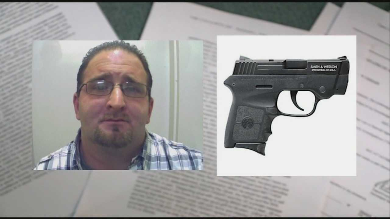 Man accused of trying to smuggle guns online