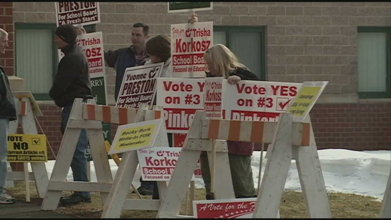 School vote drives Hooksett residents to polls