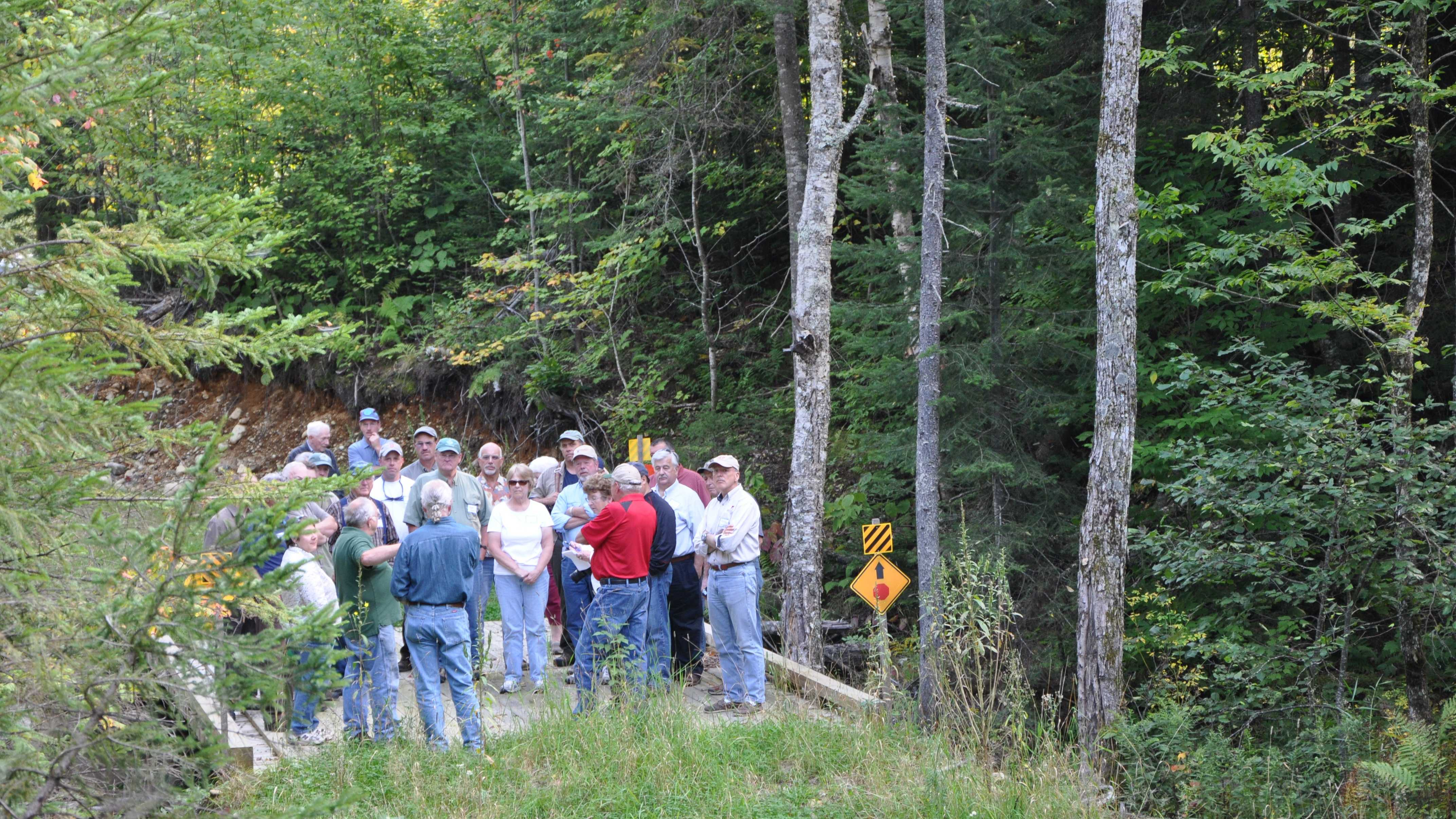 group tours 13 Mile Woods.JPG