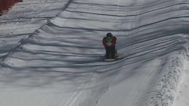 Dummy Big Air Skiing