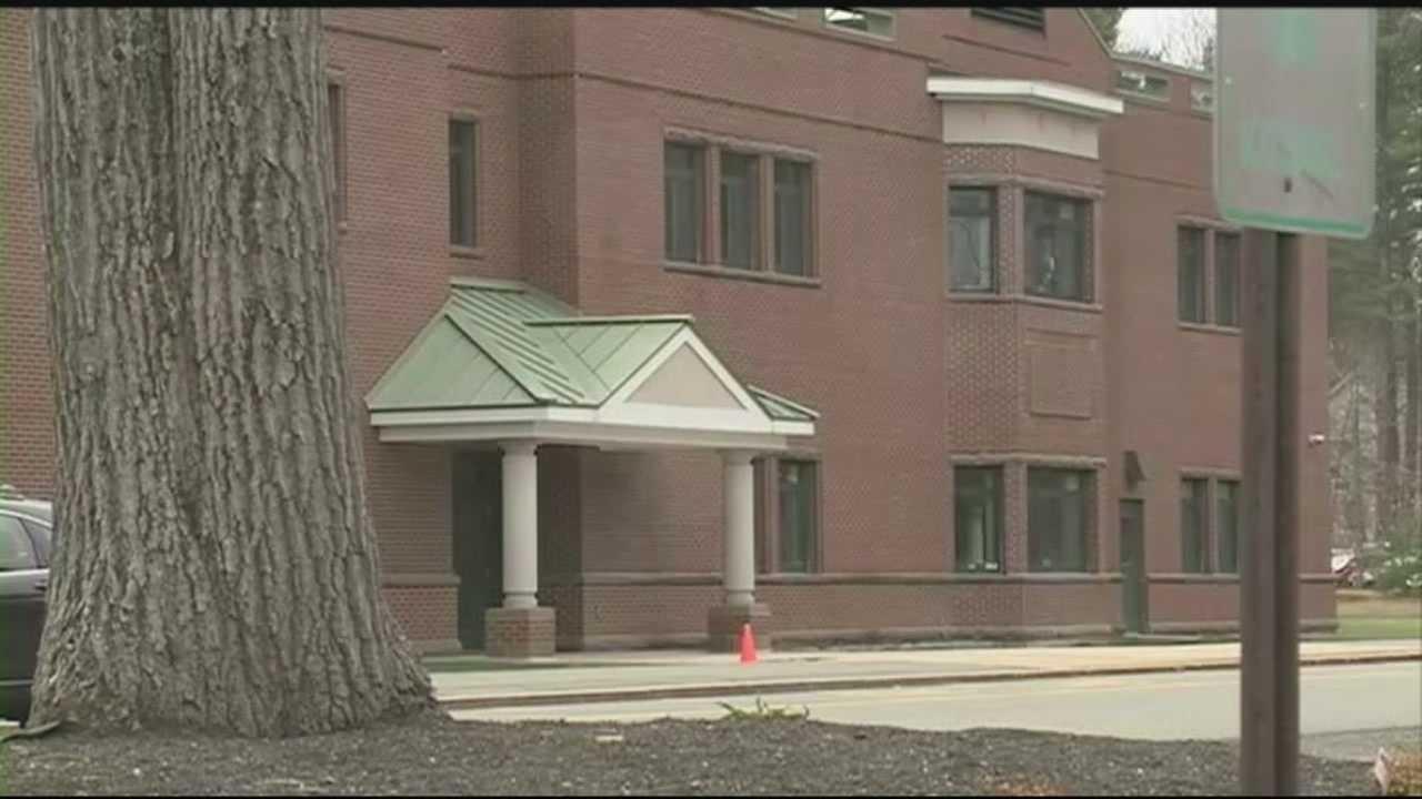 Superintendent defends school's handling of gun incident