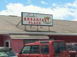 6 tie. Linda's Breakfast Place in Seabrook