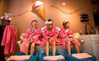 An ice-cream themed spa service!