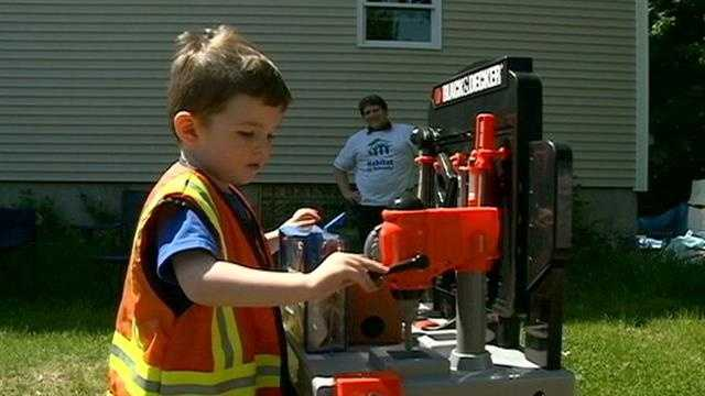 3-year-old boy granted wish to be a construction worker