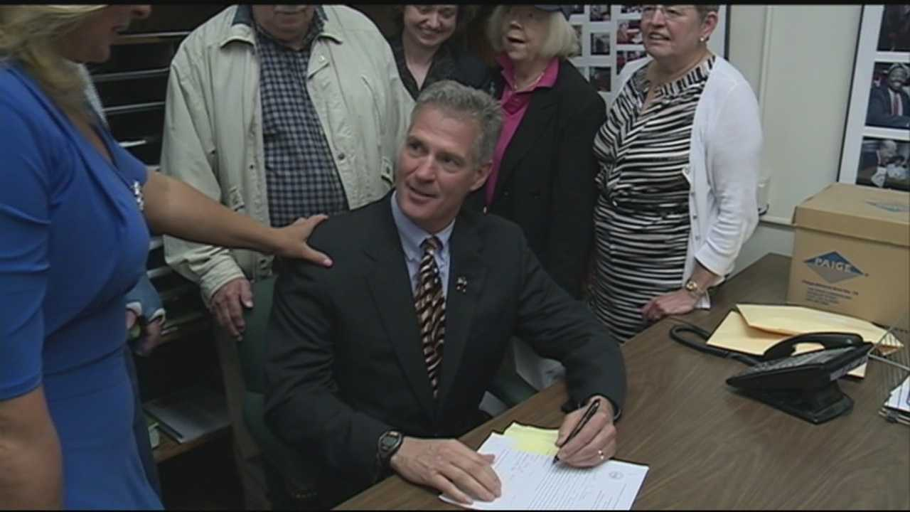 Candidates begin filing for office