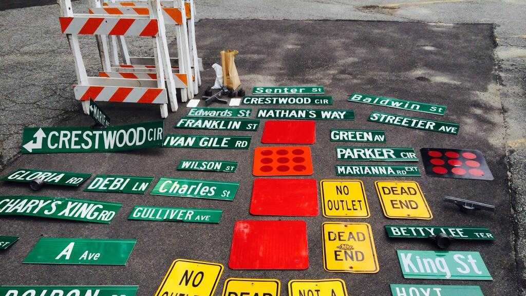 Salem recovered street signs