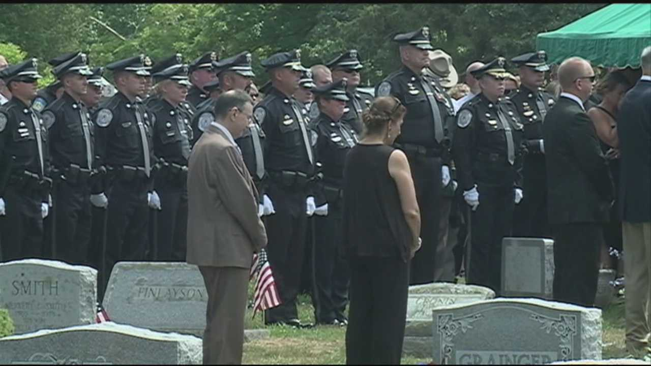 Community says goodbye to longtime police chief