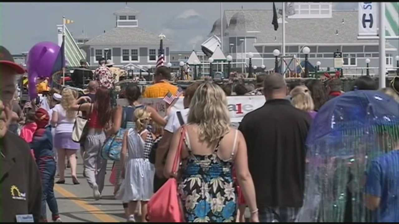 Hampton Beach businesses hope for strong weekend