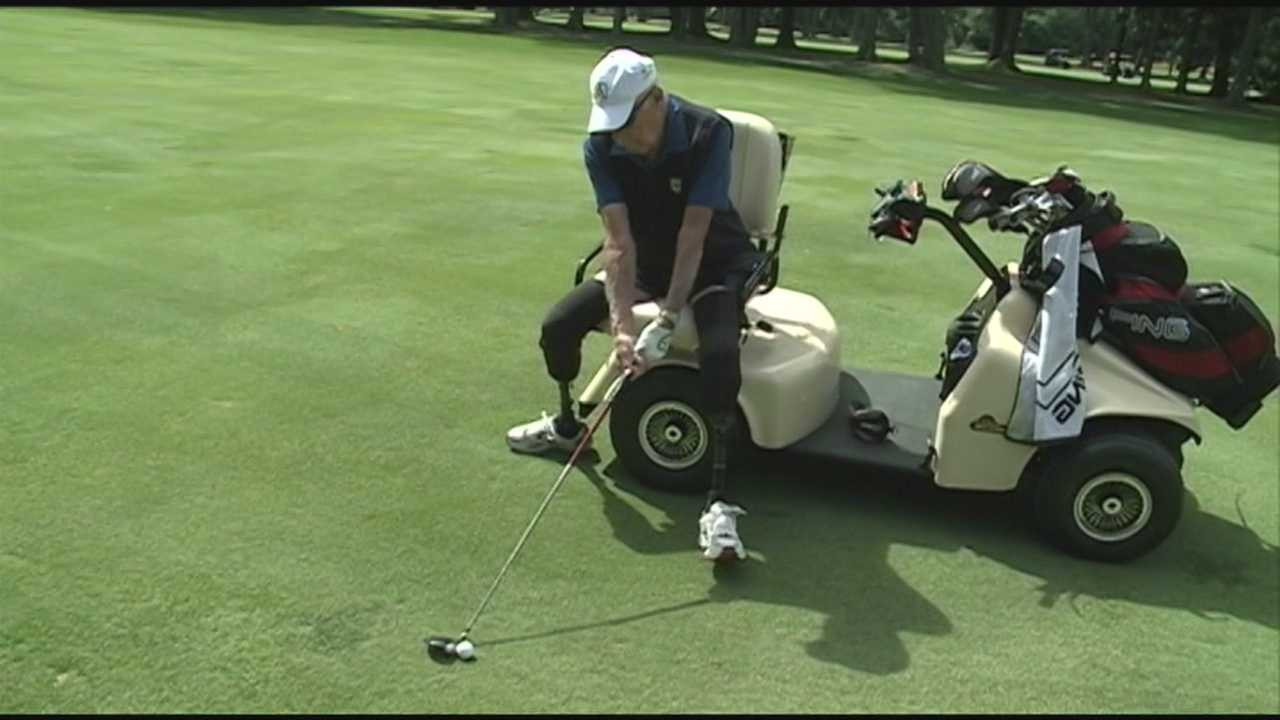 Gift of golf cart helps amputee veteran play game he loves