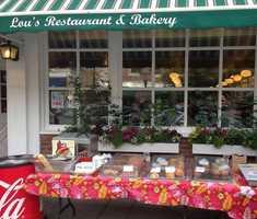 3. Lou's Restaurant & Bakery in Hanover