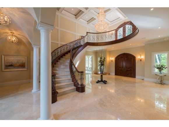 Mansion Monday Sprawling 13 Million Portsmouth Estate