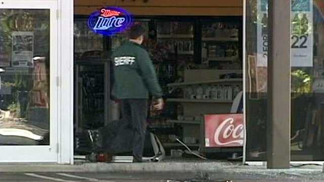 042512 Gas Station Theft
