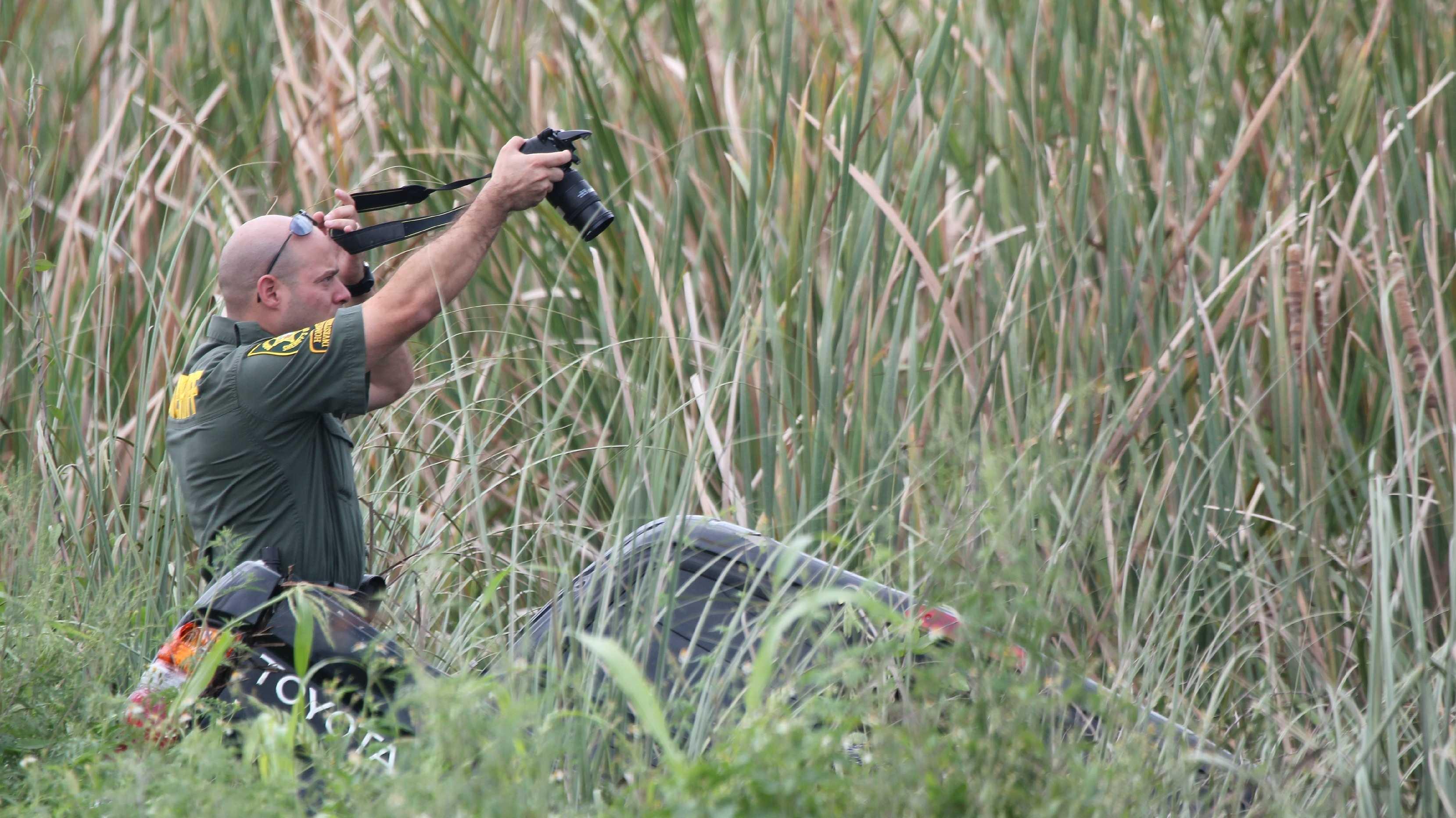 Teen killed in Everglades crash scene