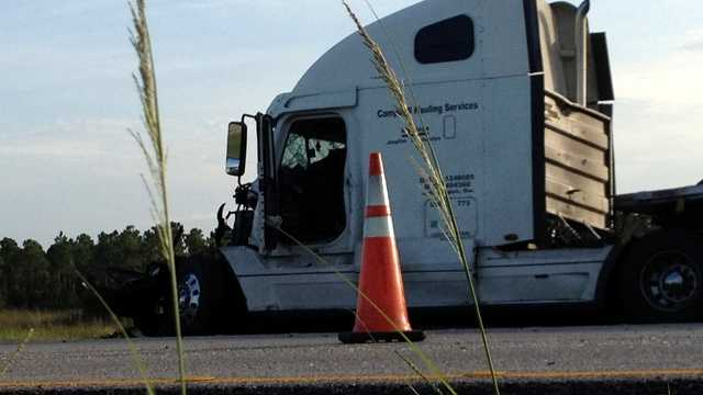 A crash involving two tractor-trailers and a passenger vehicle caused a traffic mess on I-95 in Martin County during the Friday morning commute. (Photo: Chris McGrath/WPBF)