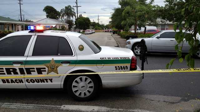 Two men suffered non-life-threatening injuries in an afternoon shooting in Lake Worth. (Photo: Ari Hait/WPBF)