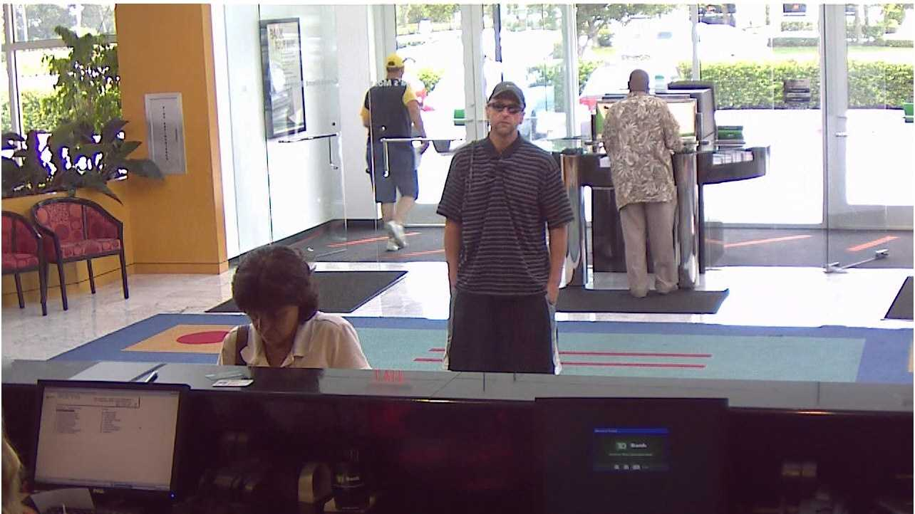 Boynton Beach Police searching for a man who held up the TD Bank Sunday afternoon.