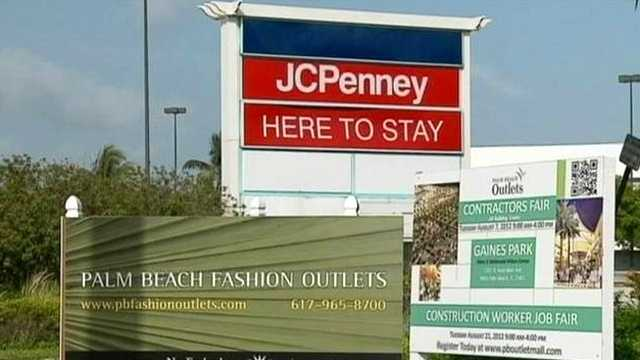 Commissioners on Monday night approved the outlet mall proposed at the old Palm Beach Mall site.