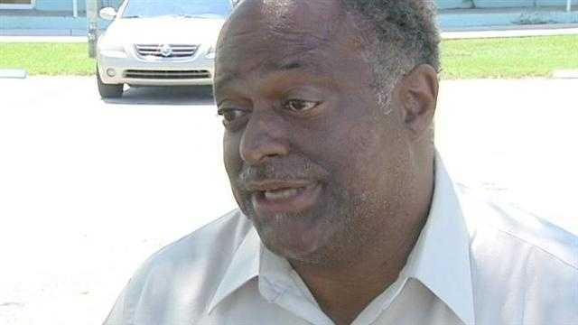 Riviera Beach mayor spoke to suspect in hospital